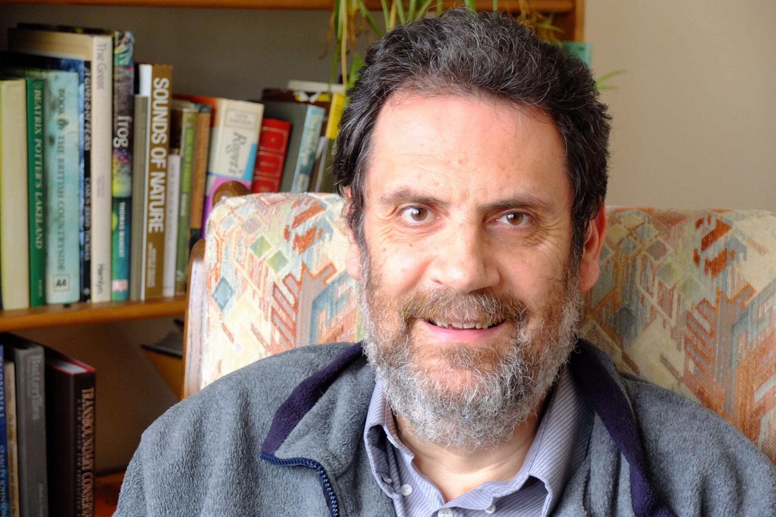 Dr Simon Stuart A Rocha International