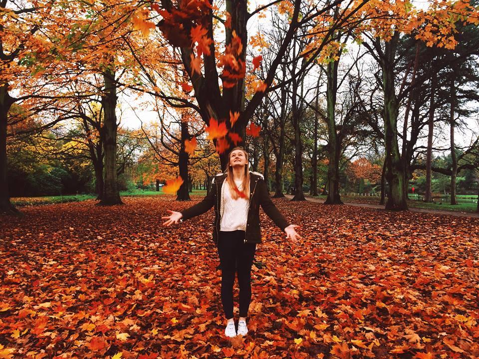 Sarah Paul Outdoors Autumn