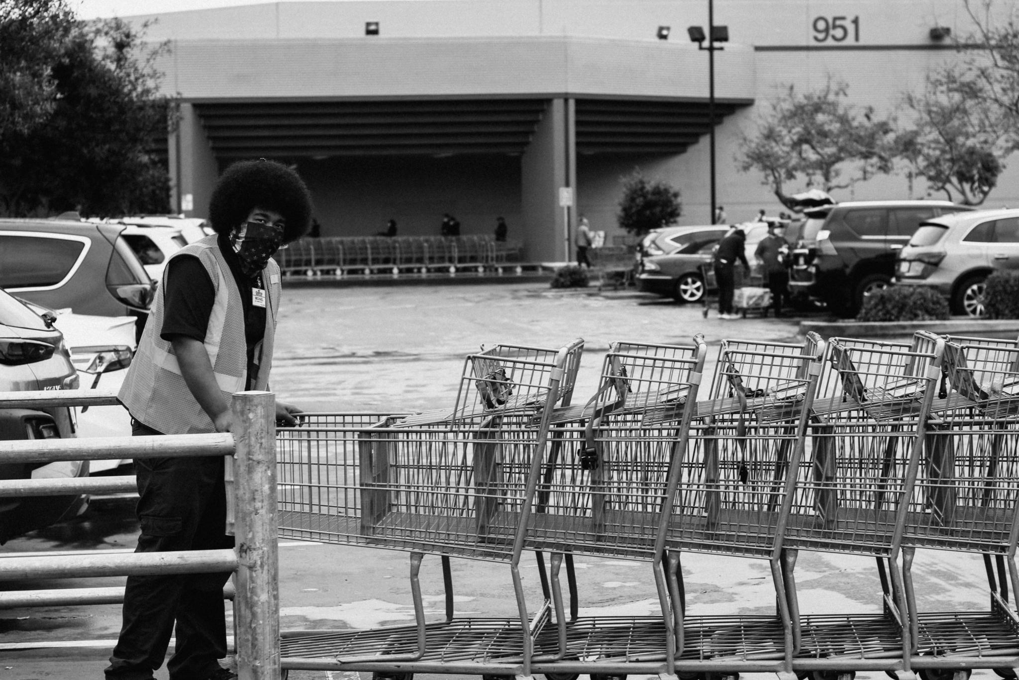 Shopping trolley coronavirus