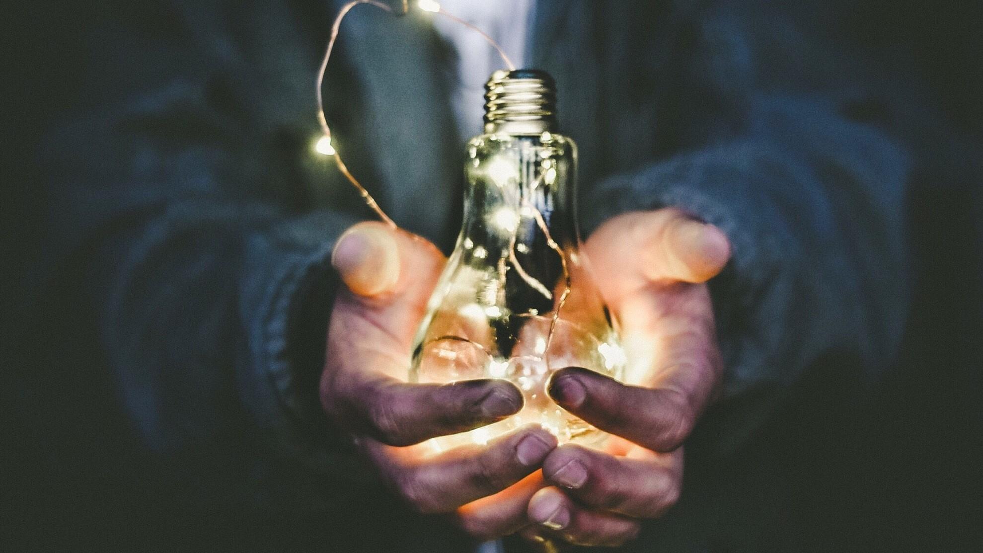 Light in hands leadership